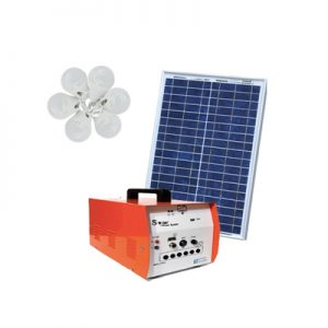 پکیج خورشیدی ۱۰۰ وات، مناسب روشنایی و شارژ موبایل